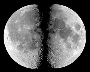 http://tausyah.wordpress.com/Mukzijat Nabi Muhammad Membelah Bulan